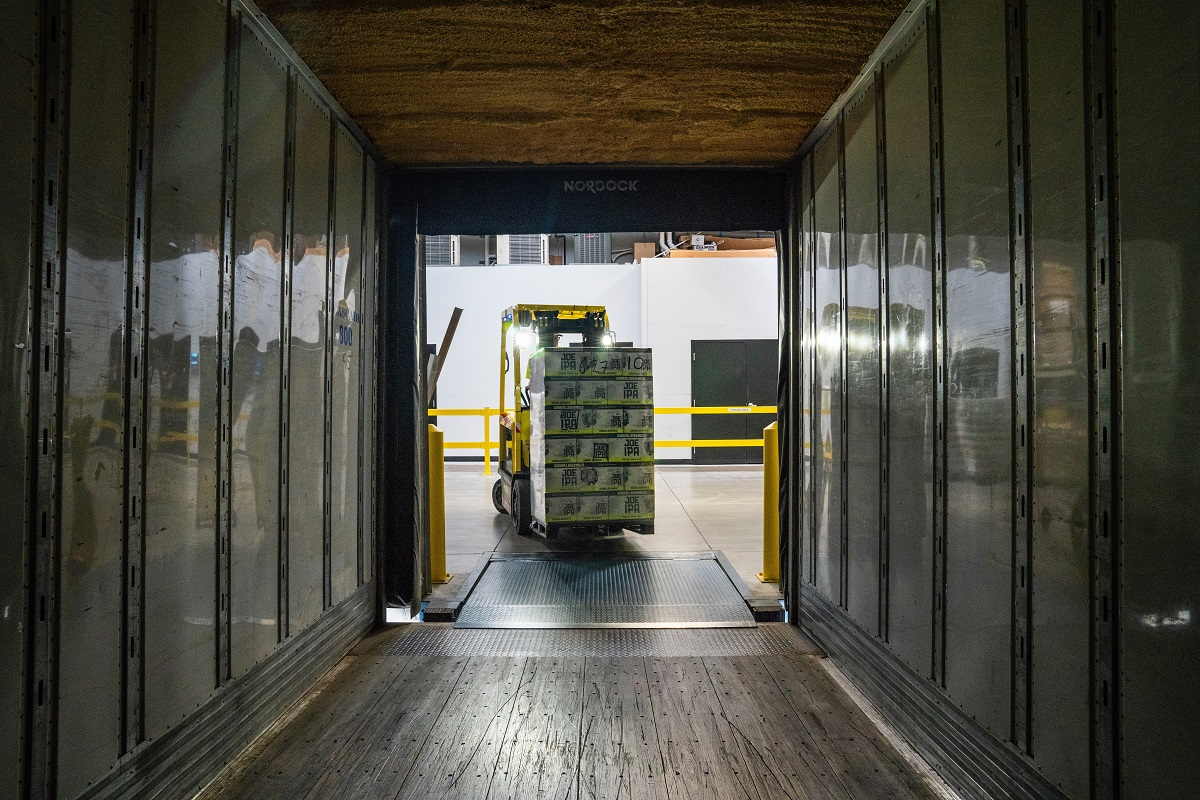 shipping container courier service