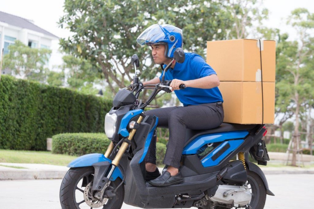 Advantages of A Motorcycle Delivery Service
