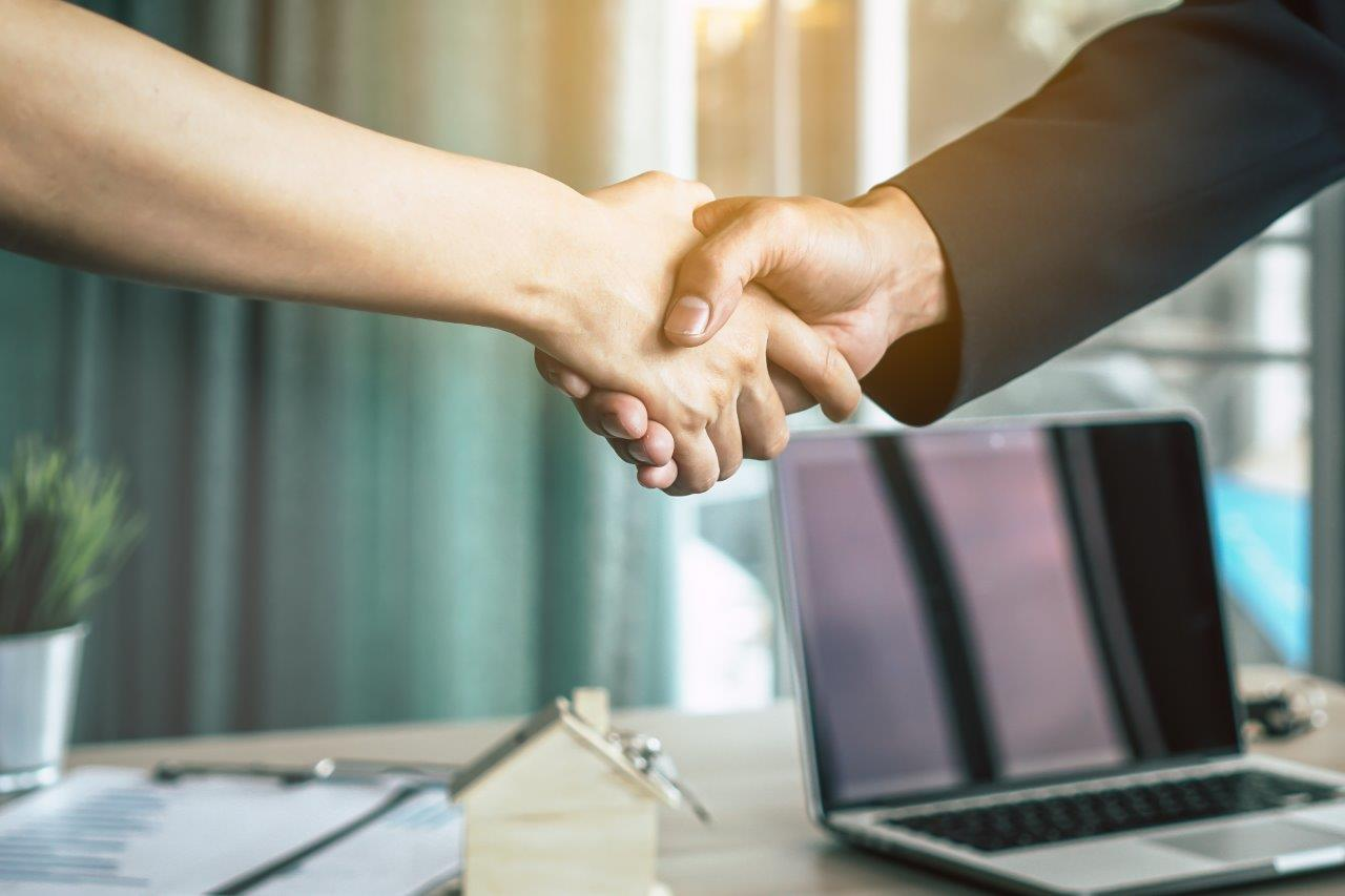 Manage relationships with suppliers