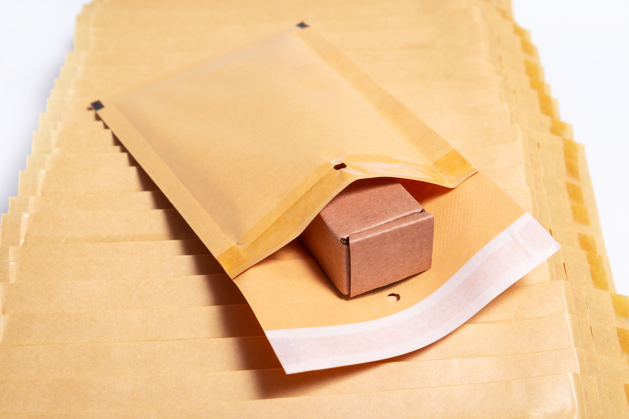 A packaged safely packed by a shipper
