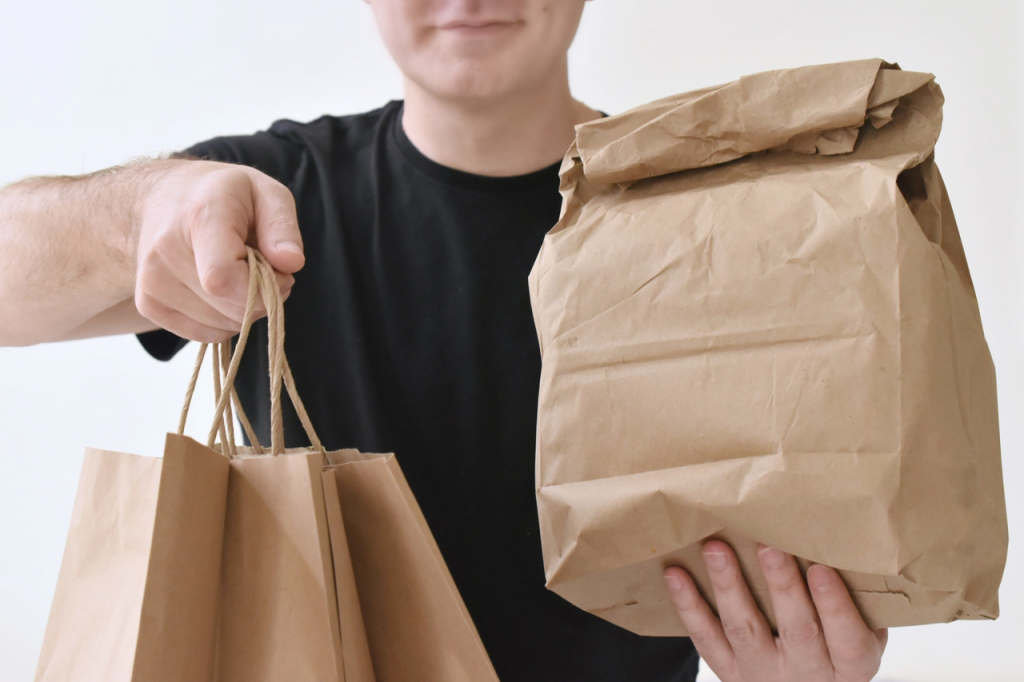 Importance of Real-Time Tracking For Food Delivery Services